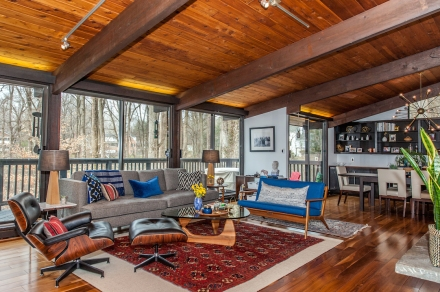 A Midcentury Home in the Woods, Designed by Emily Wignall Design | www.emilywignalldesign.com