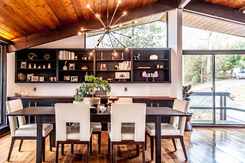 a midcentury home in the woods designed by emily wignall design wwwemilywignalldesign - Midcentury Cafe 2015