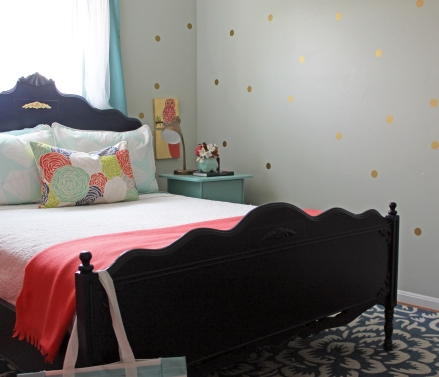 A Patterned Girls Room | www.emilywignalldesign.com